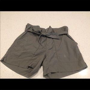 The Northface shorts. NWOT. Sz 6